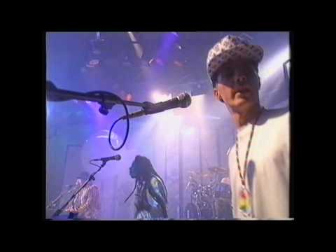 Big Audio Dynamite - Contact (Live 1989 Big World, Channel 4)