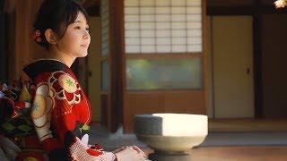 チャンネル登録:https://goo.gl/U4Waal 女性ファッション誌『Seventeen』専属モデルで女優の久間田琳加(くまだ・りんか 18)が初めてデザインし、...