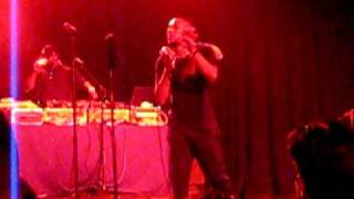 "Mos Def ""the Panties"" LIVE"