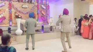 Wedding Bhangra Performance || Choorhe wali baah || Vyah by Ninja || Ashke || Wonderland