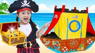 Annie Finds Children Toys from Pirate Treasures Adventure Video for Kids