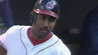 1999 ALDS Gm2: Baines hits three-run homer in the 3rd