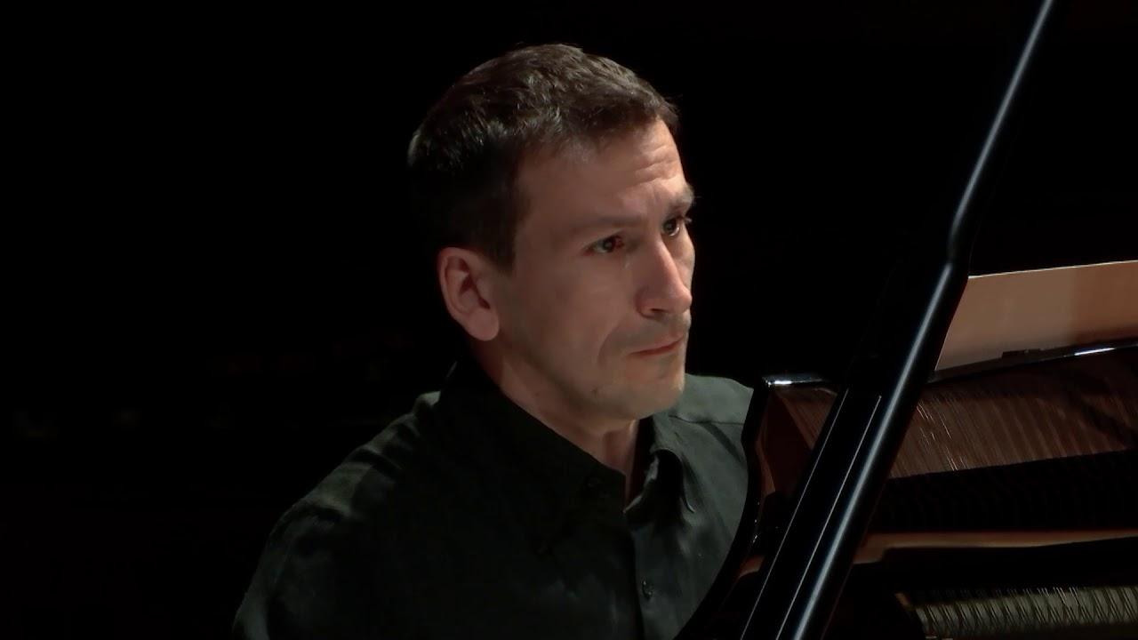 Benoît Menut : « L'oiseau Didariel », pour piano seul