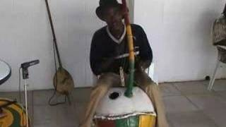 Bolon Bato a West African bridge harp
