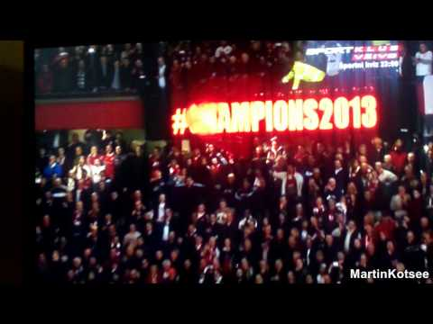 Manchester United celebrating the 20th title + All 3 goals by Robin van Persie against Aston Villa