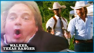 Car Chase In The Country | Walker, Texas Ranger