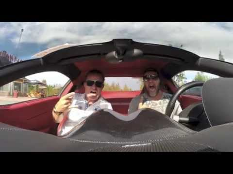 Ferrari 599 GTB F1 Superfast vs. Ferrari California