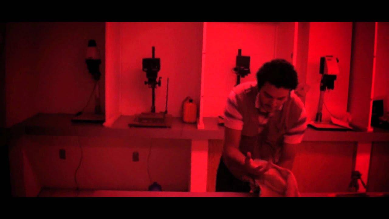 Cuarto Oscuro | Cortometraje - YouTube