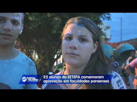 Alunos da EETEPA comemoram aprovação em faculdades públicas e privadas