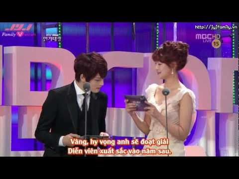 [VIETSUB] [30.12.2012] MBC Drama Awards - Yoochun Best Actor Award (JaeJoong presented)