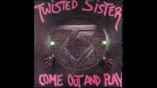 Twisted Sister / Alice Cooper - Be Chrool To Your Scuel