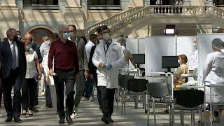 Сделать прививку от коронавируса теперь можно в столичном Гостином дворе