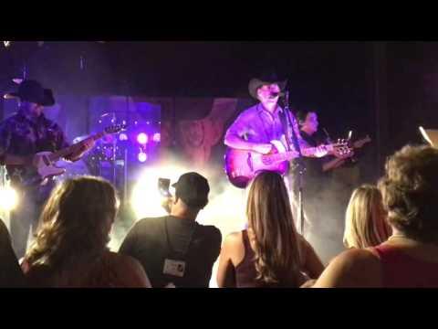 aaron-watson--wildfire-and-getaway-truck