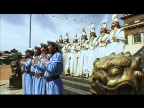 05. Five nun practicing the Buddhist ritual