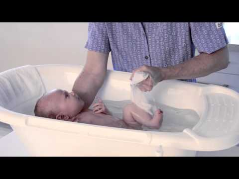 Bathing your newborn with Mater Baby Wash | Mater Baby Products | 2014