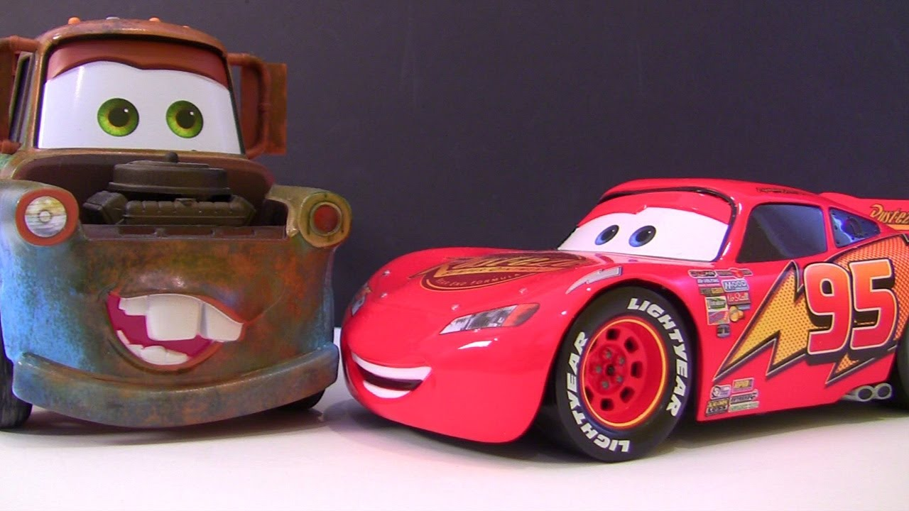 Cars 2 Lightning Mcqueen Diecast Mater Limited Edition Youtube