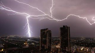 DFW weather timeline: DFW area under severe thunderstorm, flash flood watch