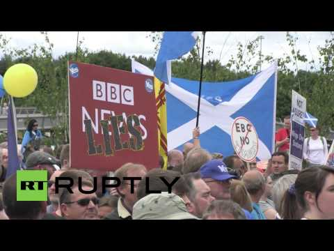 UK: Hundreds protest over 'corrupt'' BBC reporting