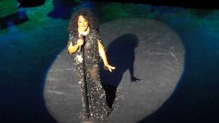 DIANA ROSS at New York City Center (4 / 25 / 2017)