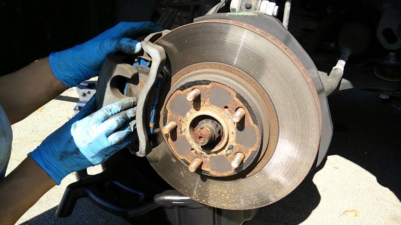 2005 Lexus ES330 brake pads replacement