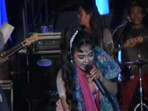 MONATA LIVE APSELA 2014 - LUSIANA SAFARA DIL LAGA LIYA