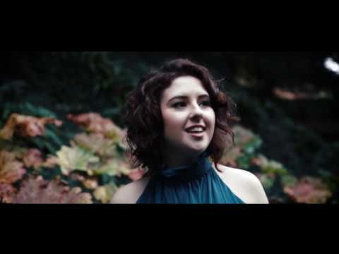 Lili White- Skyline Pigeon (Official Music Video)