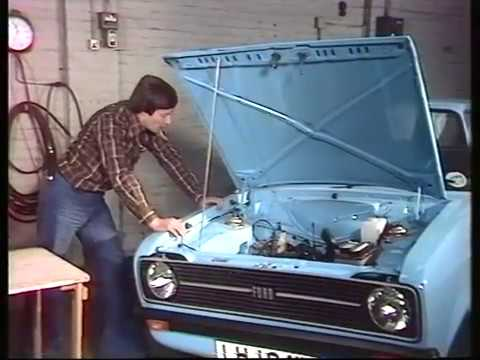 1970s Car repair | How to repair your car | 1970s Cars | Drive in | 1976