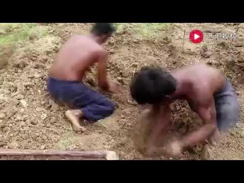 Индейцы строят бассейн