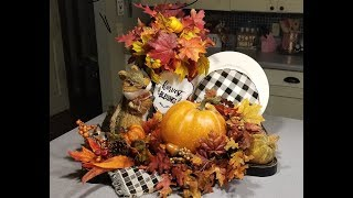 A quick and easy Fall tray decor!
