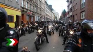 Repeat youtube video Tausende Rocker bei Bandido Beisetzung in Gelsenkirchen