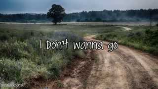 Kip Moore - Dirt Road (Lyrics)