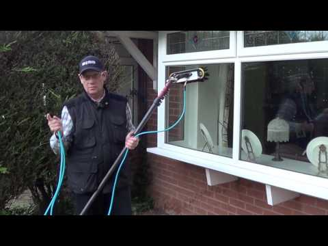 Saving water techniques - Pure water window cleaning