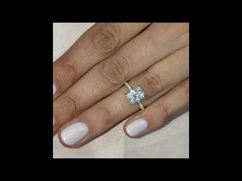 2.2-carat-radiant-cut-diamond-yellow-gold-engagement-ring