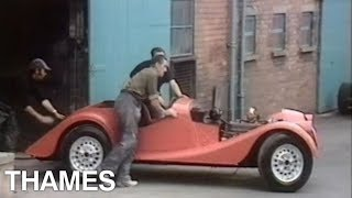 Sports car | Morgan sports cars  | Drive in | 1975