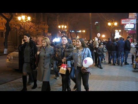 Yerevan, 08.03.17, We, Abovyan+Hanrapetutyan hraparak