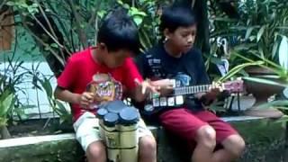 Aksi anak yg Kreatif di Kp Rambutan part 1.mp4.FLV