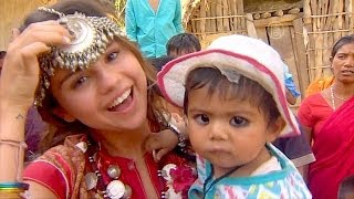 Селена Гомес помогает детям Непала (новости)