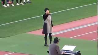 ラグビー早明戦でユーミンが「ノーサイド」を熱唱!!!(2013.12.1)