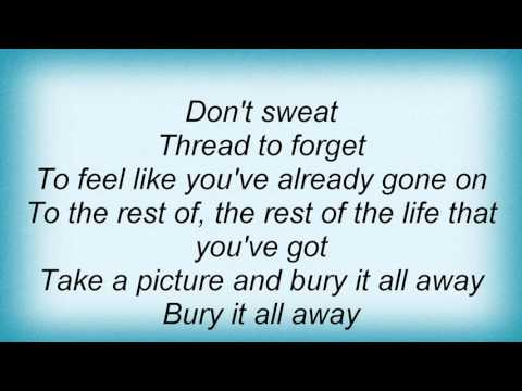 19822 Queens Of The Stone Age - Suture Up Your Future Lyrics