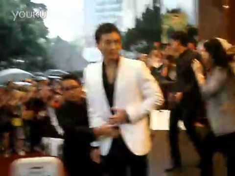 BIE THE STAR_PONG NAWAT @SHANGHAI INTERNATIONAL FILM FESTIVAL 2011[Fan Cam]