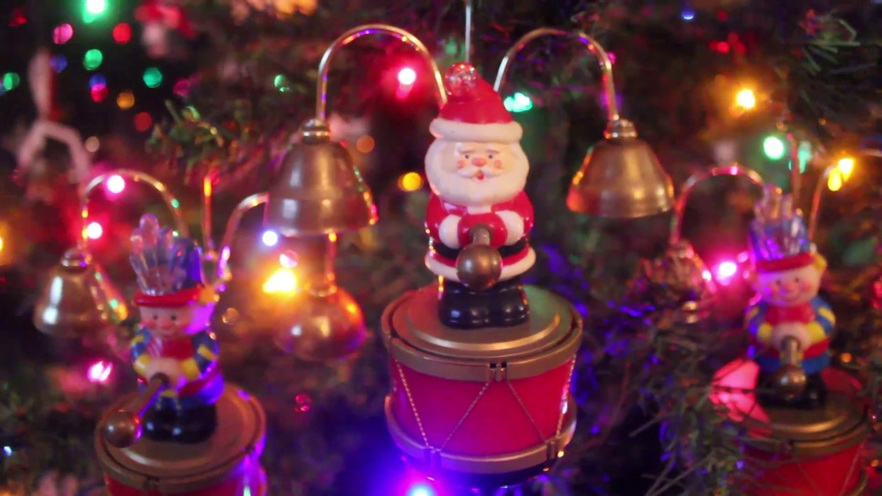 Mr Christmas Santa's Marching Band Video - YouTube
