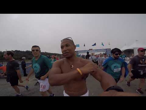 Bay to Breakers: NAKED PEOPLE EVERYWHERE