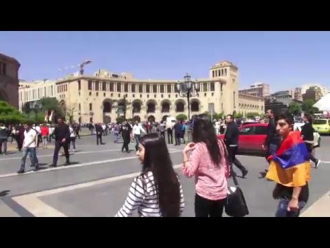 25.04. Live. Փաշինյանի կոչով մարդիկ կրկին փողոց են դուրս եկել