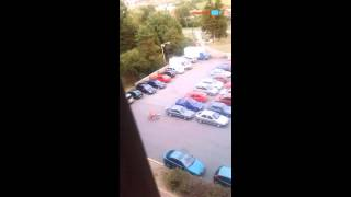 Podivná oprava auta