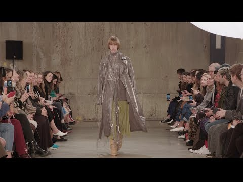 Ports 1961 AW18 Show Mp3