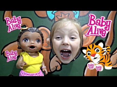 BABY ALIVE goes to the INDOOR GYM. The Lilly and Mommy Show! Fun and Games!