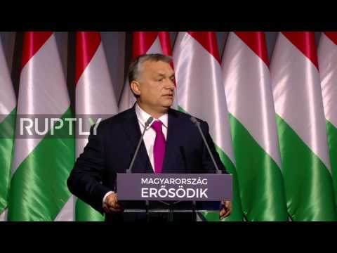 Hungary: Orban considers option of detaining migrants in state of nation speech