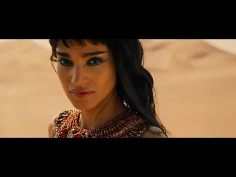 THE MUMMY - On Set Makeup With M·A·C
