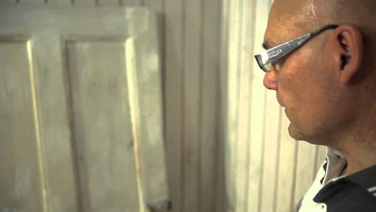 Входные двери из массива сосны разных размеров и рисунков для дачи вы сможете купить на нашем складе в г. Мытищи. Предоставляем услуги по покраске дверей и врезке петель и замков. Входные деревянные двери для частного дома отличное решение, так как зачастую облицовка домов, коттеджей.