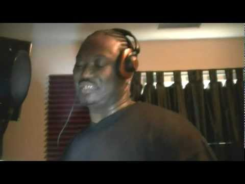 ROB DEE FEATURING PROJECT PAT WHERS MY D REMIX LIVE IN THA STUDIO RECORDING